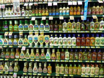 salad-dressing-aisle1.jpg